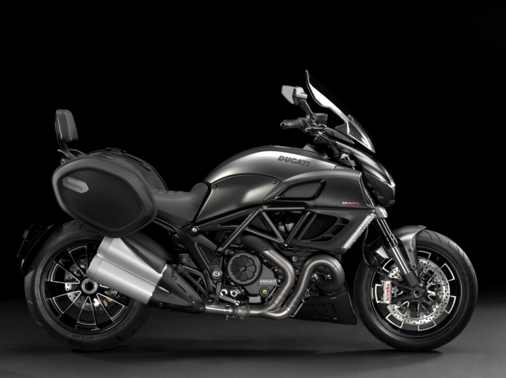 2013 Ducati Diavel Strada - right view