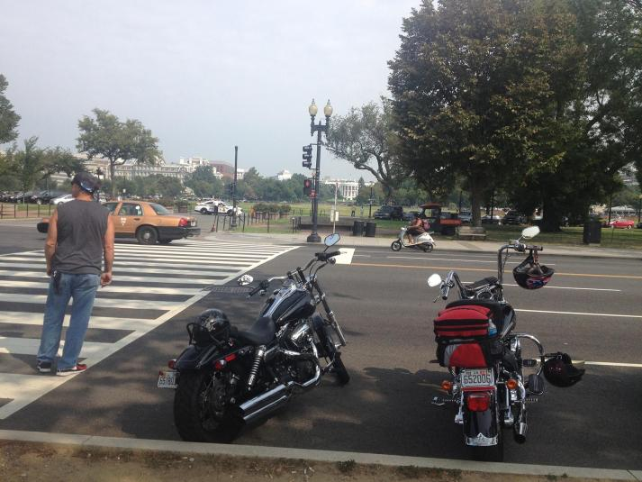 Bikes parked on Constitution Ave across from the White House