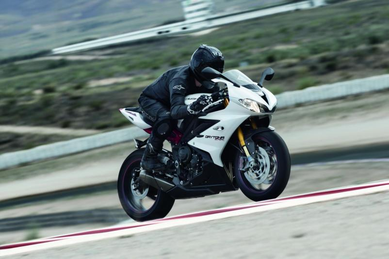 2013 Triumph Daytona 675R - in action