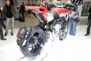 MV Agusta Rivale 800 2013 - Side-rear