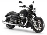 Moto Guzzi California 1400 Custom Nero Basalto - front quarter view